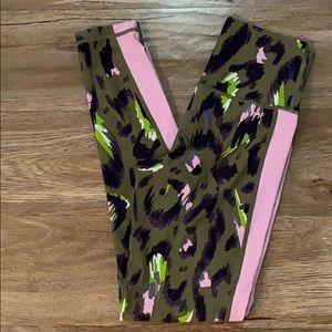 Leopard workout leggings